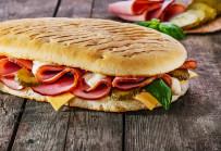 Panini mit Fleisch und Käse